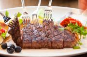 熊本産あか牛のフレンチで博多の美食をお楽しみください。